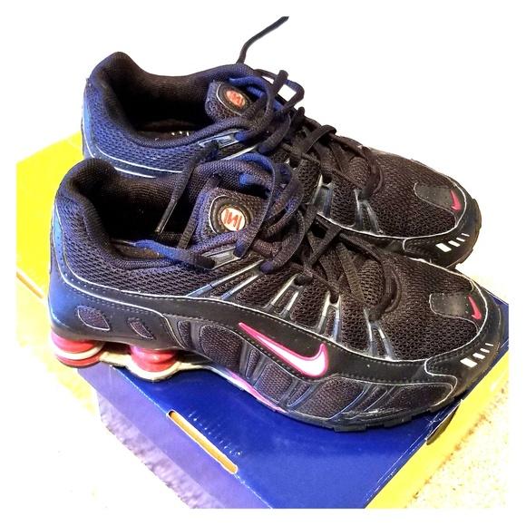 Nike shot turbo III size 5Y